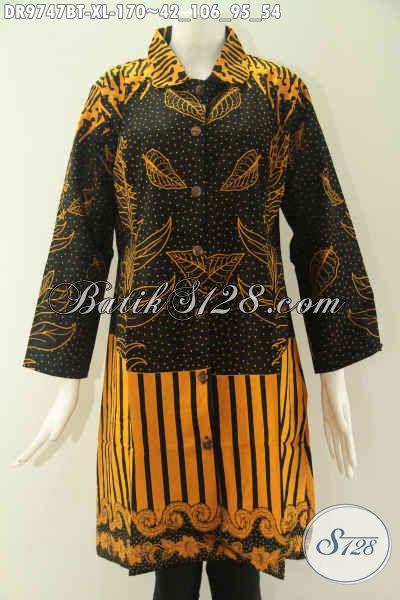 Dress Batik Solo Terkini Model Kerah Lengan 7/8, Busana Batik Wanita Karir Nan Istimewa Yang Di Lengkapi Kancing Depan Sampai Bawah Untuk Penampilan Lebih Stylish [DR9747BT-XL]