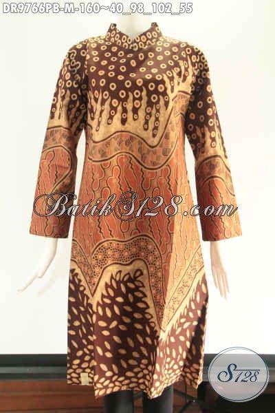 Koleksi Terkini Tunik Batik Wanita Untuk Tampil Cantik Dan Berkelas, Berbahan Halus Lengan 7/8 Model Kerah Shanghai Pakai Resleting Belakang [DR9766PB-M]