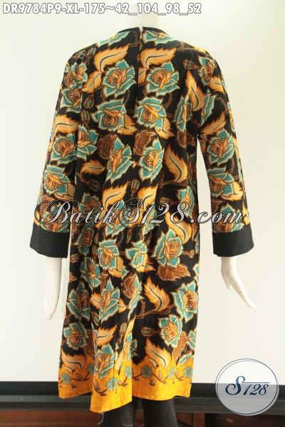 Koleksi Paling Baru Busana Batik Dress Wanita Dewasa Untuk Penampilan Terlihat Cantik Dan Beda, Hadir Dengan Model Pias Depan Resleting Belakang Kombinasi Kain Polos Katun Dan Lengan 7/8 [DR9784P-XL]