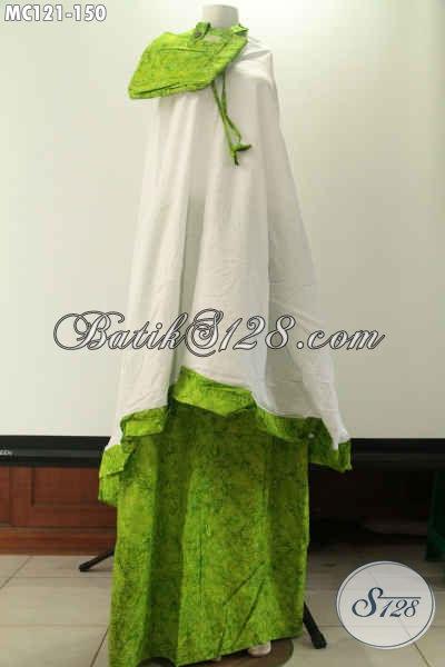 Mukena Batik Wanita Tren Masa Kini Bahan Santung Untuk Atasan Dan Katun Batik Cap Smoke Untuk Bawahan, Motif Terkini Warna Hijau Muda [MC121-Dewasa]