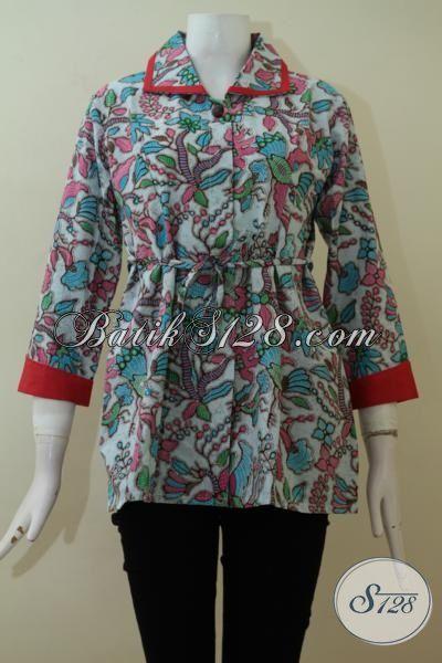 Baju Batik Wanita Dengan Variasi Warna Merah Di Bagian Kerah Dan Ujung Lengan [BLS2313P-L]
