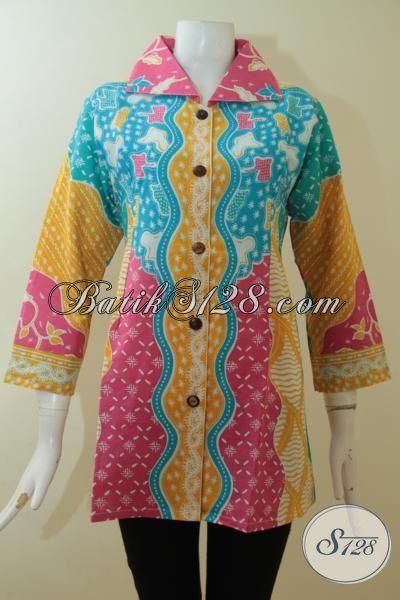 Tampil Modis Dan Trendy Dengan Blus Batik Modern Yang Berpadu Dengan Warna Keren Nan Mewah, Batik Print Solo Harga Terjangkau [BLS3054P-M]