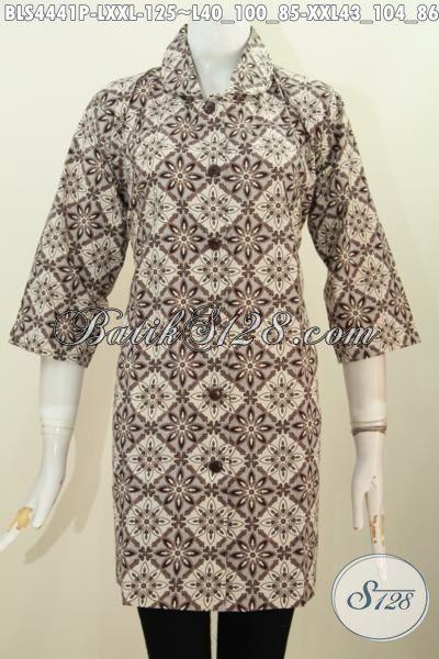Jual Online Pakaian Batik Istimewa Harga Biasa Buat Wanita Karir, Baju Batik Kerah Bulat Motif Trendy Bahan Adem Proses Printing Untuk Penampilan Lebih Berkelas [BLS4441P-XXL]