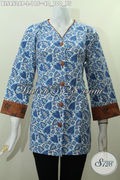 Baju Batik Blus Warna Biru Kwalitas Bagus Dan Istimewa, Hadir Dengan Model Plisir Kombinasi Kerah V Yang Bikin Penampilan Cewek Terlihat Keren Dan Modis [BLS4526P-L]