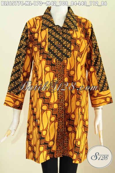 Baju Blus Kerah Lancip 2 Motif Klasik Proses Cap Warna Soga Bahan Adem Untuk Tampil Elegan [BLS6577C-M]