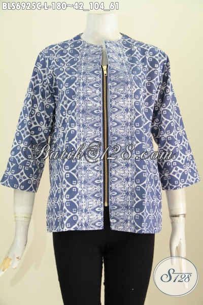 Foto Baju Batik Wanita Modern, Busana Blus Batik Keren Resleting Depan Motif Bagus Banget Proses Cap, Cocok di Paduak Celan Panjang Hitam [BLS6925C-L]