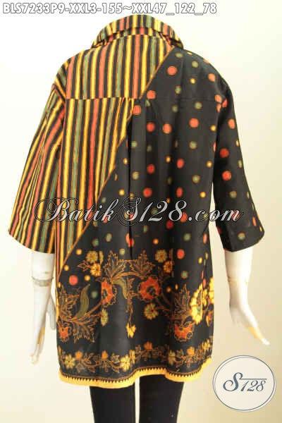 Foto tampak belakang gambar model baju batik kerja perempuan gemuk