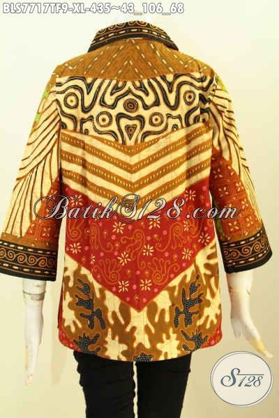 Kemeja wanita batik bagian belakang motif sinaran