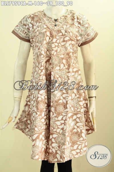 Baju Atassan Batik Wanita, Blus Batik Keren Model Tanpa Krah Dengan Kancing Depan Motif Bagus Cap Warna Alam, Tampil Cantik Menawan [BLS7959CA-M]