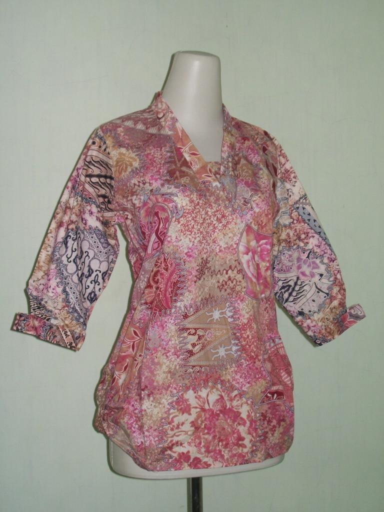 Blus Batik Wanita Lengan Tiga Per Empat 11/11 [C1111006] - Toko Batik