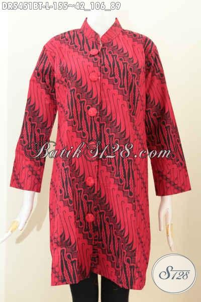 Baju Batik Kerja Nan Istimewa, Busana Dress Batik Kerah Shanghai Warna Monokrom Merah Hitam di Lengkapi Kancing Depan Motif Kombinasi Tulis Asli Dari Solo [DR5451BT-L]