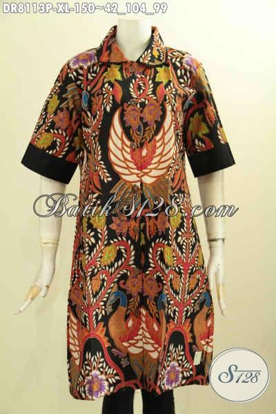 Model Baju Batik Modern Trend 2020, Dress Batik Berkelas Buat Kerja, Busana Batik Terusan Untuk Acara Resmi Di Lengkapi Krah Bulat Dan Plisir Polos Hanya 150K [DR8113P-XL]