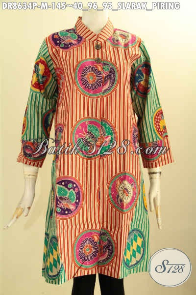 Baju Tunik Batik Dress Istimewa Motif Slarak Piring, Pakaian Batik Wanita Muda Kerah Shanghai Lengan 7/8 Kancing Depan Proses Printing, Tampil Gaya Dan Mempesona Hanya 145K [DR8634P-M]