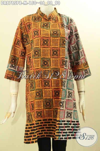 Model Baju Batik Dress Resleting Belakang Nan Modis, Busana Batik Solo Elegan Dual Motif Lengan 7/8 Dengan Kerah Model Shanghai, Istimewa Untuk Acara Resmi [DR8785PB-M]