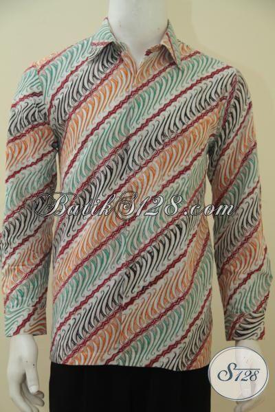 Kemeja Batik Parang Dengan Warna Modern Yang Keren, Busana ...